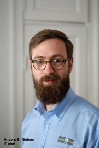 Anders B Nielsen